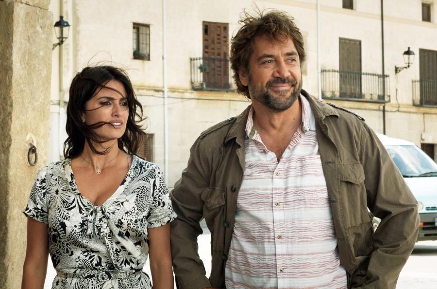 Laura (Penelope Cruz) und ihre Jugendliebe Paco (Javier Bardem) verbindet ein Geheimnis. / © ARD Degeto/©Memento Films